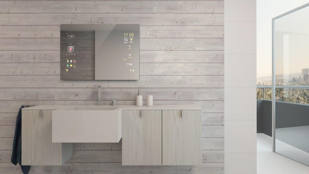 Badezimmer mit Smart-Spiegel (Touchscreen), Zugang zum Balkon mit Aussicht auf die Stadt